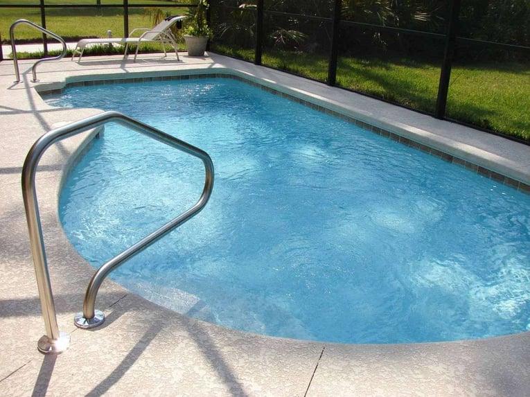barriere-protection-pour-piscine-min